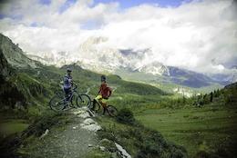 Wish Enduro vs Wish Bikepark, Adventure in Dolomites - Video