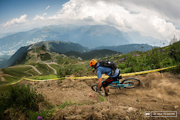 Samoëns Welcomes EWS Rd 4 with Sun: Official Video