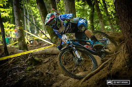 Pinkbike Poll: XC, EWS or World Cup DH?