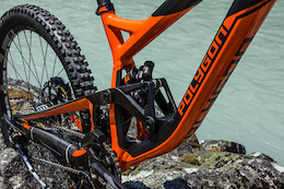 First Ride: Polygon Collosus DH9