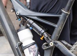 SPOTTED: Prototype Öhlins Inline Shock - Crankworx Whistler 2015