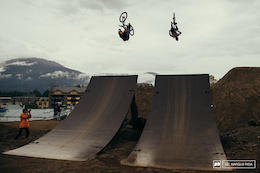 Video: Crankworx Whistler - CLIF Bar Dual Speed and Style