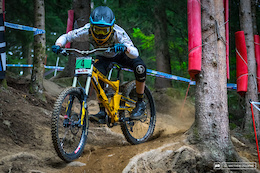 Video: World Cup DH Val di Sole - Qualifying Highlights