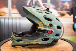 First Look: Bell, Topeak, and Mavic - Eurobike 2015