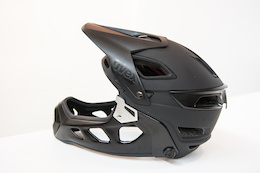 First Look: Uvex's Electronic Sunglasses and Convertible Helmet - Eurobike 2015