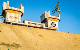 Video: Sam Reynolds Crushes the Suzuki Nine Knights Course