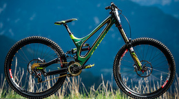 Video: Inside Specialized Racing - DH World Championships Vallnord 2015