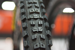 Maxxis Aggressor Tire - Review