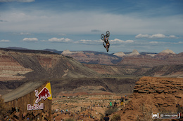 Video: Antoine Bizet's Qualifying Run - Red Bull Rampage 2015