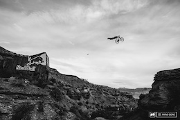 Video: Sam Reynolds' Canyon Gap Superman - Red Bull Rampage 2015