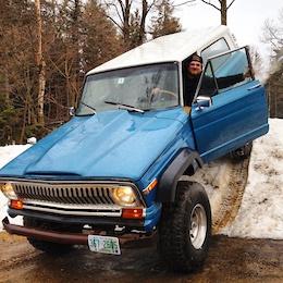 0 1974 Jeep Cherokee LOOKING FOR BIKE