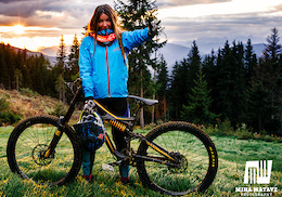 Linda Paluc and the Ladies at Schladming - Video