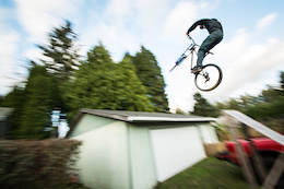 Kasper Dean Rides the Low-Key Trail - Video