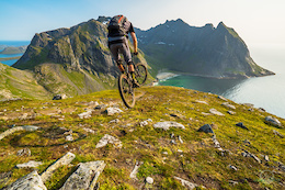 Escaping to Norway's Lofoten Islands - Photo Epic