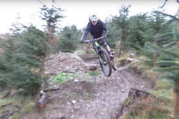 Mark Scott, Raw - Video