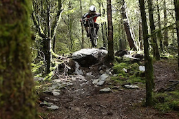 Emyr Davies Hammerin' RAW in North Wales - Video