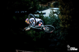 Good Friends, Good Dirt, Good Times in Queenstown - Video