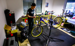 Behind the Scenes with Canyon Factory Enduro Team