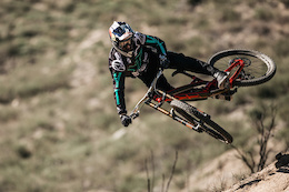 The YT Mob: YT joins the World Cup with Aaron Gwin and Angel Suarez