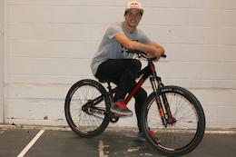 Matt Jones Signs with Banshee Bikes