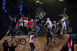 Masters of Dirt show in Vienna - Video