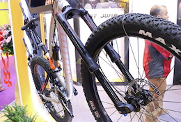 RST's Inverted Fork and Budget Dropper Post - Taipei Show 2016