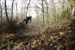Loam Surfing in the UK - Video