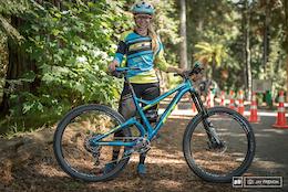 17 Bikes From the Giant Toa Enduro - Crankworx Rotorua 2016