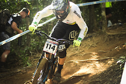 Raw Qualies: Cairns DH World Cup 2016 - Video