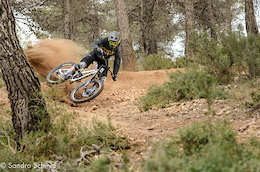 NS Bikes Join Forces with the Swiss Downhill Syndicate - Video