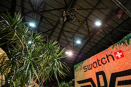 Rose Gravity Team at Swatch Rocket Air - Video