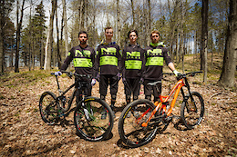 2016 NS Bikes/Lama Cycles Race Team
