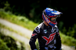Aaron Gwin And The Hunt For Gold - Video