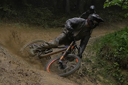 Les Gets Sloppy Laps with Vinny-T and Kristof Lenssens - Video