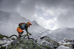 Alpine Race Action from Enduro2 - Video