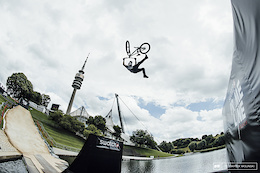 Munich Mash 2016: Swatch Prime Line - Photo Epic and Video