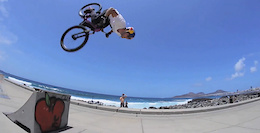 Pavel Alekhin Hits the Streets of Gran Canaria - Video