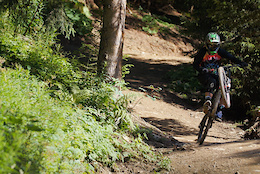 Nico Vink's New Signature Line at Châtel Bikepark - Video