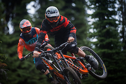 Connor Fearon and Graham Agassiz Rally the 27.5 Kona Operator at Retallack