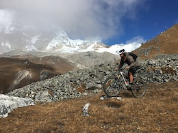 Tito Returns To Nepal - Solo And Raw Adventure