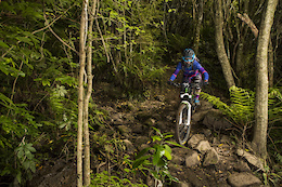 Kiwi Stars Hustle For Top Spot on Day one at Emerson's 3 Peaks Enduro