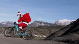 Santa Claus Pulls the Reigns - Video