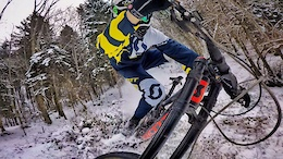 How to Ride Snow with Nico Vink, VinnyT and Friends - Video