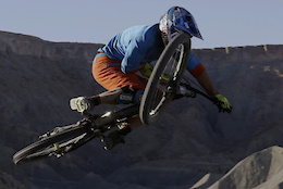 A Week in the Desert with Darren Berrecloth and Ricky Brabec - Video