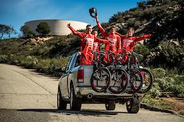Intense Officially Announces 2017 Factory Race Team