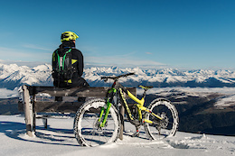 "Snow Shred on the Dolomites: Thomas ""der Professor"" Schmitt's Alpine Adventure - Video"