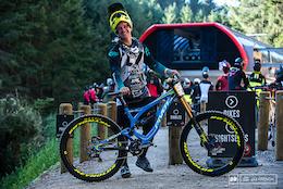 Rupert Chapman - Pivot Phoenix Bike Check
