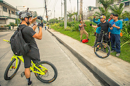 Drop and Roll on the Streets of Manila - Video