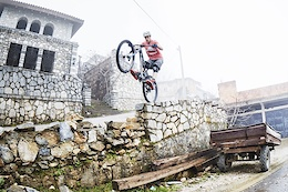 Andi Schuster Exploring Macedonia - Video