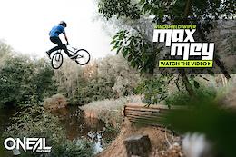 Max 'Windshield Wiper' Mey - Video